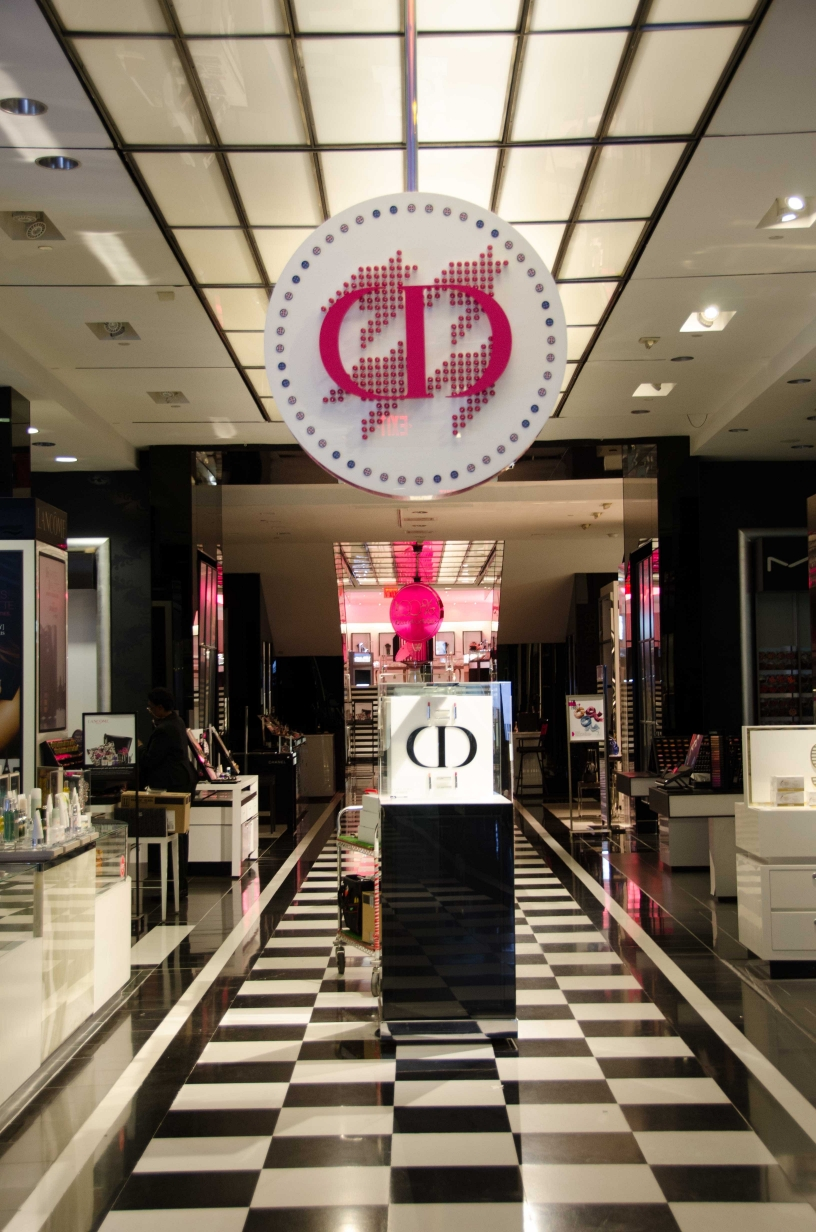 DIOR FIXTURE DISPLAY FOR BLOOMINGDALES NYC